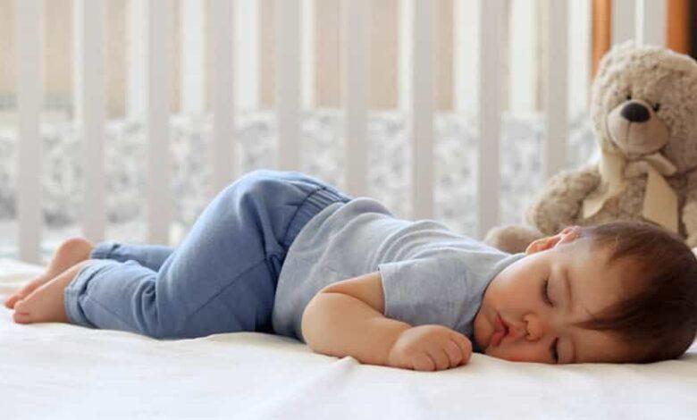 4046 780x470 - مشکلات خواب کودکان + آداب خواب - خانواده
