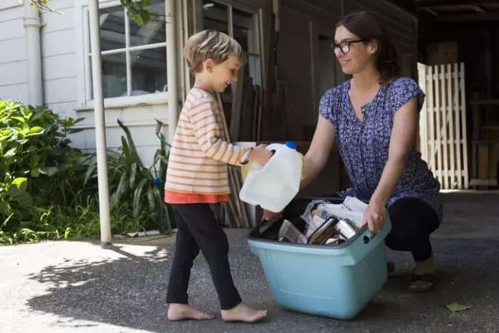 4084 - چگونه والدین می توانند کودک خوبی تربیت کنند - خانواده