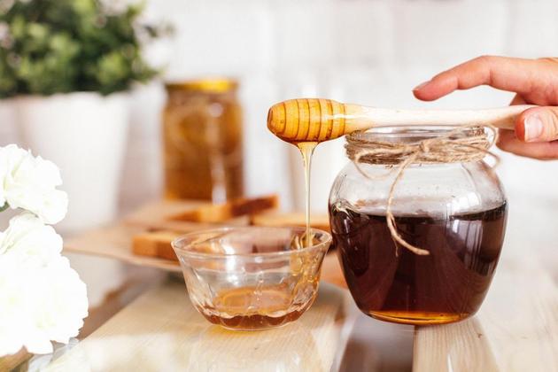 42229 136 - آیا مصرف عسل برای دیابتی ها مضر است؟